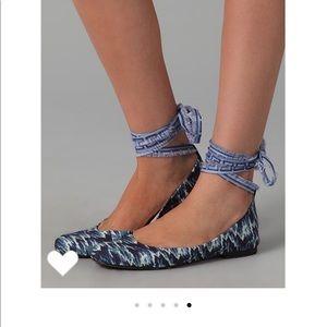 Stuart Weitzman x T+C Prima Ballet Lace Up Flats.